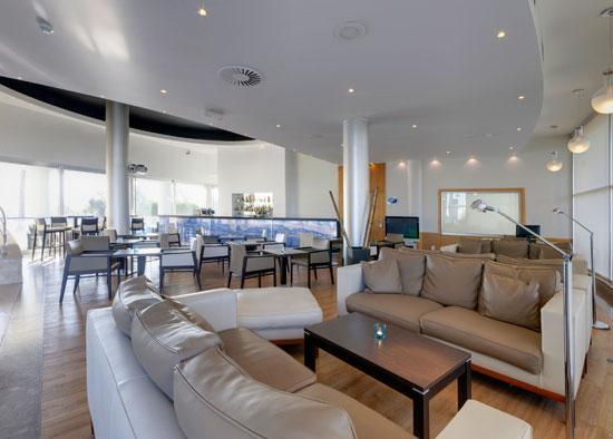 tryp porto expo hotel matosinhos portugal hotel anmeldelser sammenligning af priser. Black Bedroom Furniture Sets. Home Design Ideas