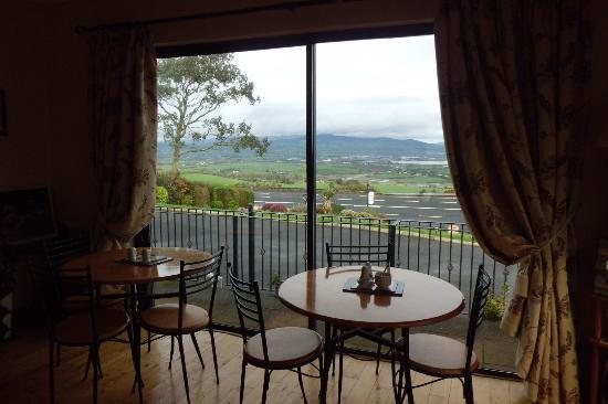 Seaview Guesthouse: sala colazione che guarda sulla Baia di Dungarvan