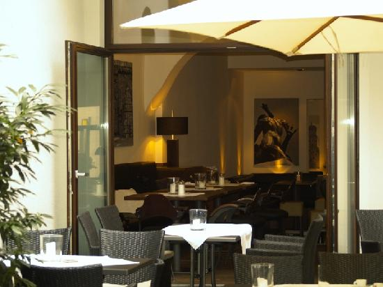 cisa augsburgs stadtg ttin bild von cisa restaurant augsburg tripadvisor. Black Bedroom Furniture Sets. Home Design Ideas