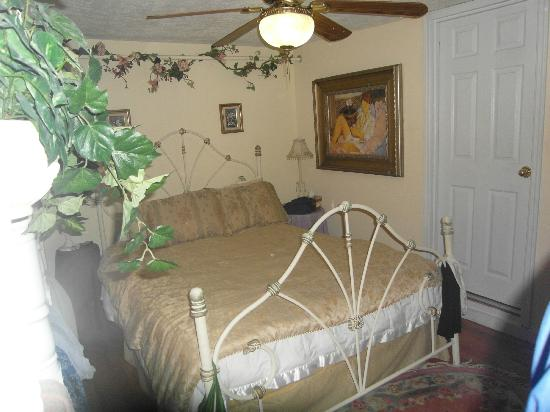 Casa Coquina Bed and Breakfast: Room bed