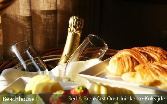 beachhouse: champaign breakfast