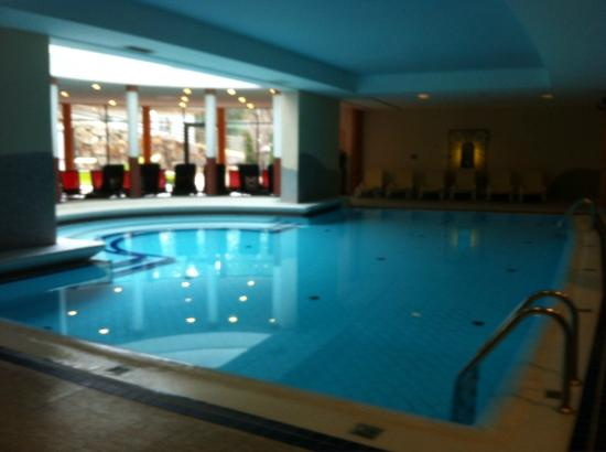 Sporthotel Wagrain: Indoor pool next to SPA and close to outdoor thermal pool