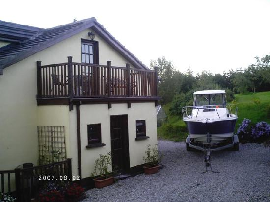 Kingfisher Lodge: View of Balcony for Twin Room