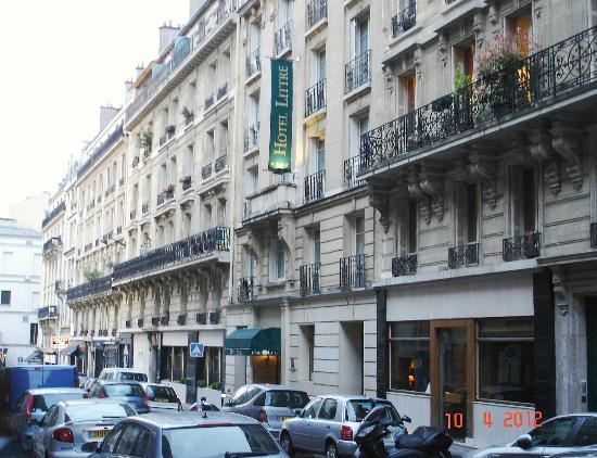 external view picture of hotel le littre paris. Black Bedroom Furniture Sets. Home Design Ideas