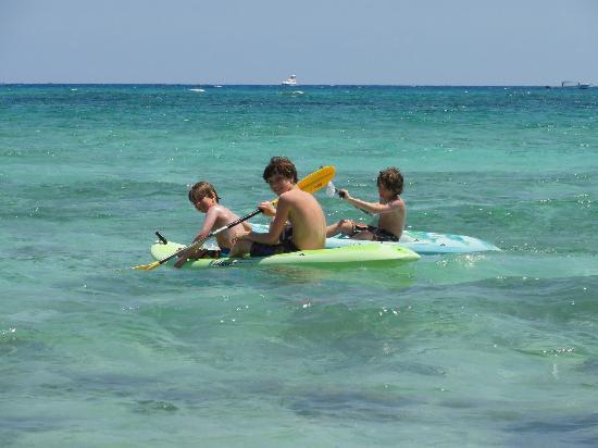 Villas DeRosa Beach Resort: kayaking in front of condo