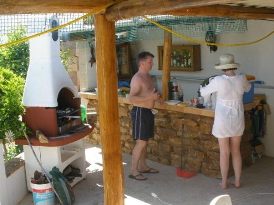 Cortijo Las Olivas: Guests enjoying our facilities