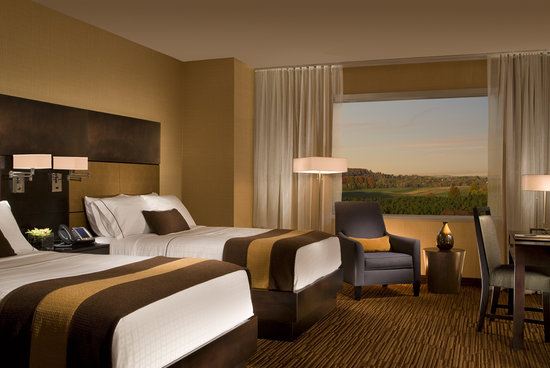 Turtle Creek Casino & Hotel: Traditional Style Room