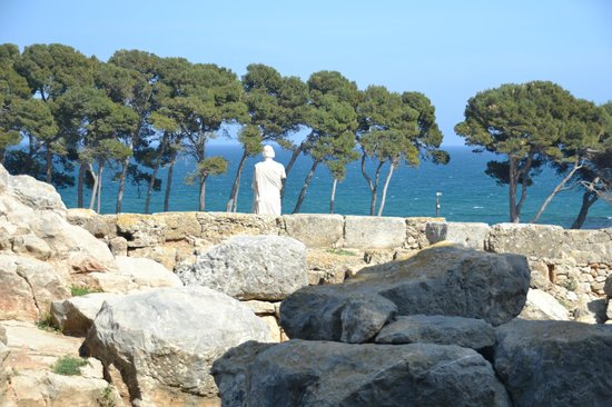 ‪Ruins of Empuries‬