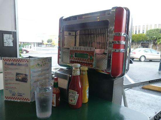 mini jukebox  - Picture of Mel's Drive-In - Geary, San