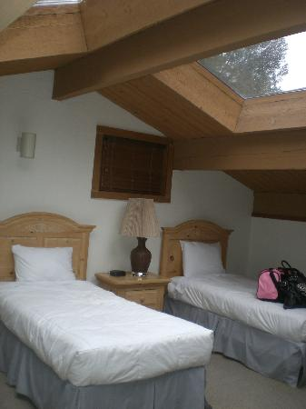 Junipine Resort: Loft Bedroom