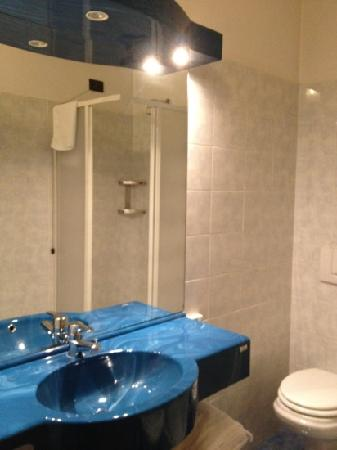 Hotel Gonzaga: bagno 1
