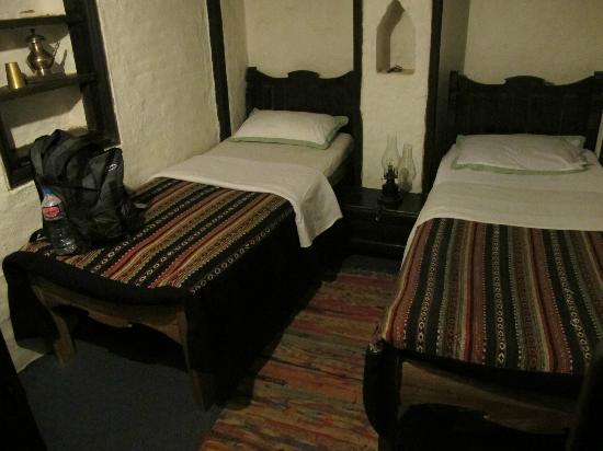 The Old Inn: Twin bedroom