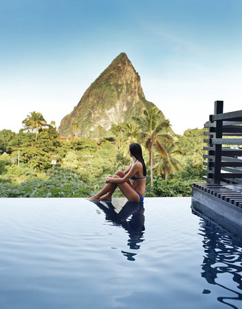 Boucan by Hotel Chocolat : The infinity pool