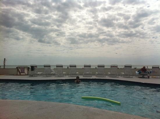 Long Key Beach Resort & Motel: sitting in pool chair with beach in front !!