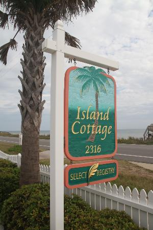 Island Cottage Oceanfront Inn & Spa - Flagler Beach: Overlooking the ocean