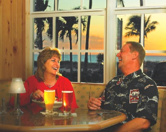 Crow's Nest Beach Bar & Grille: The Crow's Nest - Nightly Specials - Entertainment