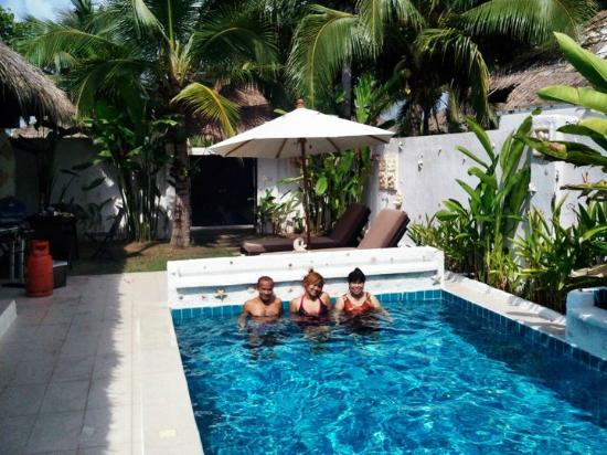 Dhevan Dara Resort & Spa Hotel : Nice pool ^__^