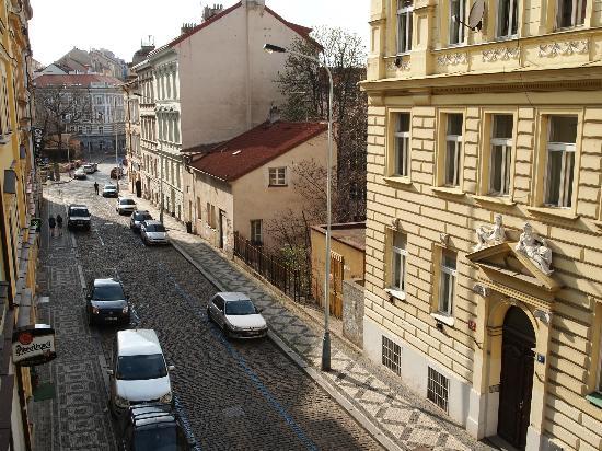 Hotel Amadeus: street view