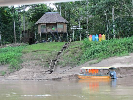 Wasai Tambopata Lodge: Arriving at Wasai Tambopata