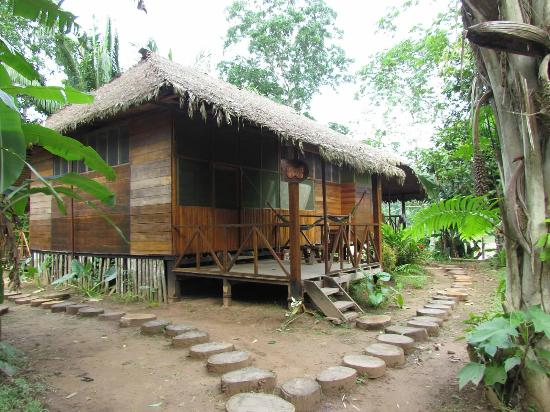 Wasai Tambopata Lodge: One of the 4 room bungalows