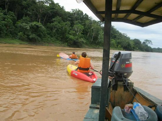 Wasai Tambopata Lodge: Kayaking on the Tambopata River