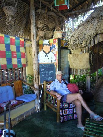 Hostal Doña Chava: ingresso con roberto