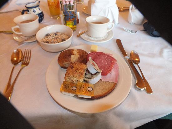 Hotel Pension Anna: A Bavarian breakfast