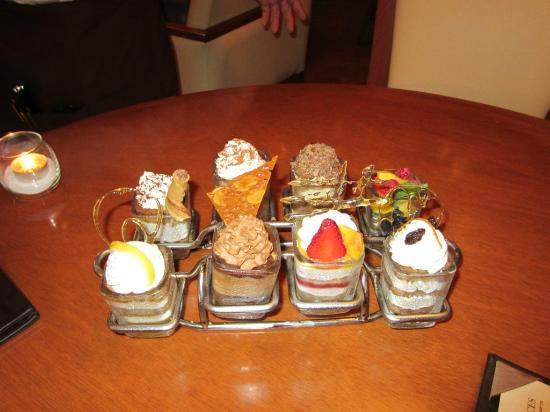 Harry's: Deserts to choose from