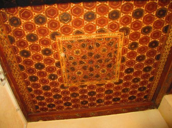 Bayt Al-Suhaymi: painted ceilings