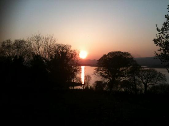 Hazelwood Bed and Breakfast: Another stunning sunset!