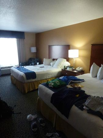 Holiday Inn Express Cocoa Beach: Room