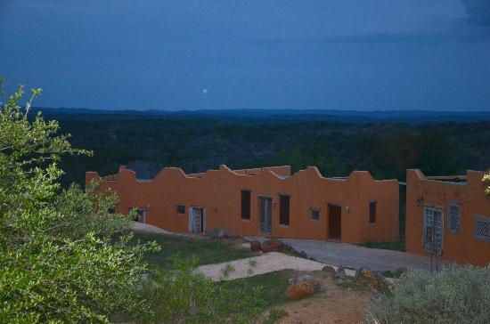 Trois Estate at Enchanted Rock : At Sunset