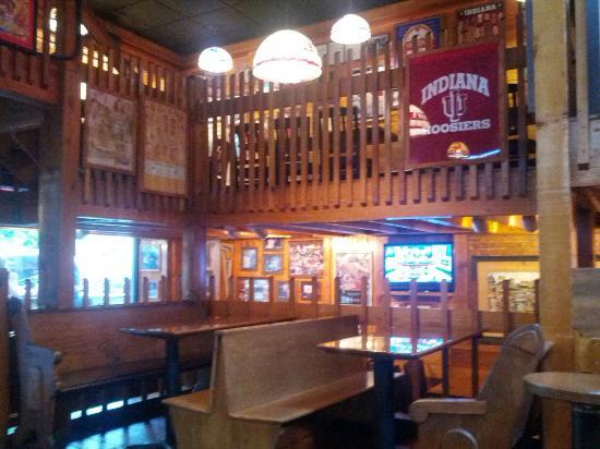 Buffa Louie's at the Gables: Inside