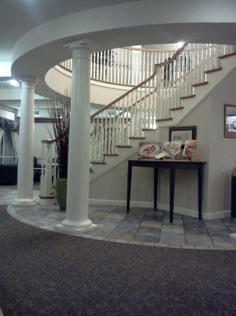 BEST WESTERN PLUS Executive Court Inn & Conference Center: Lobby