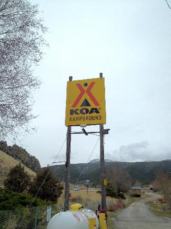 Lava Hot Springs KOA: KOA sign from HWY