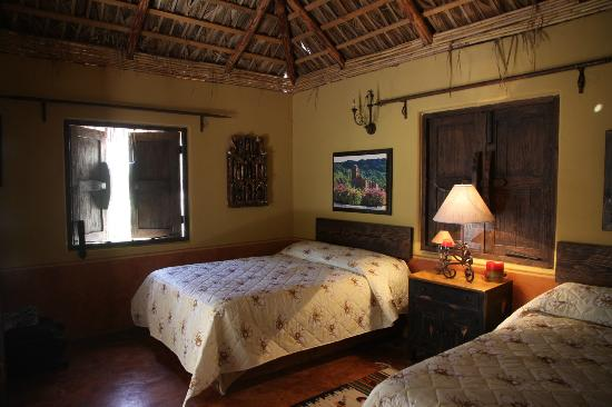Posada del Cortes Hotel: Inside the Cabin at San Javier