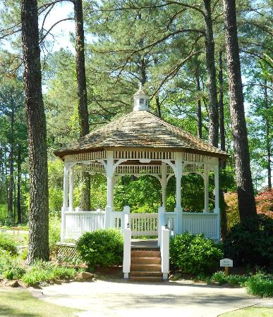 Exceptionnel Cape Fear Botanical Garden: Butler Gazebo