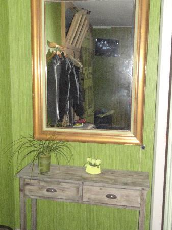 B&B Con Ampere: Green Room