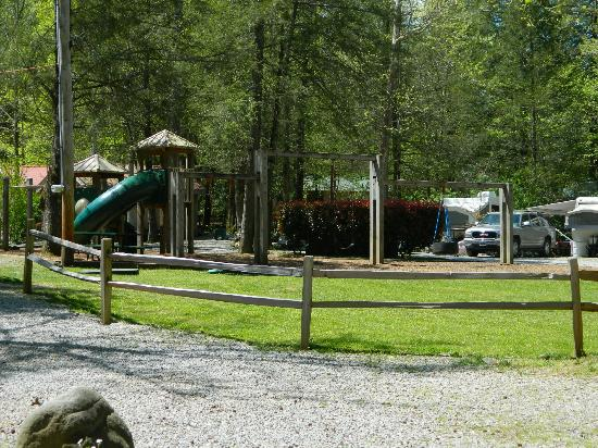 Imagination Mountain Camp-Resort: Play area