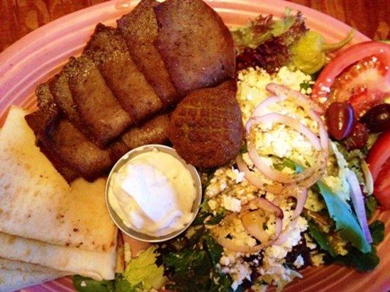 Stoney Knob Cafe: Awesome gyro platter!