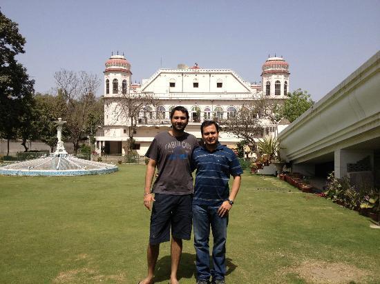 Hotel Gulmor: Gulmor, Ludhiana