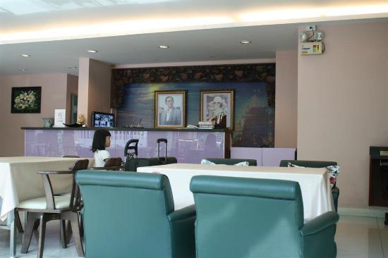 Vista Residence Bangkok: lobby