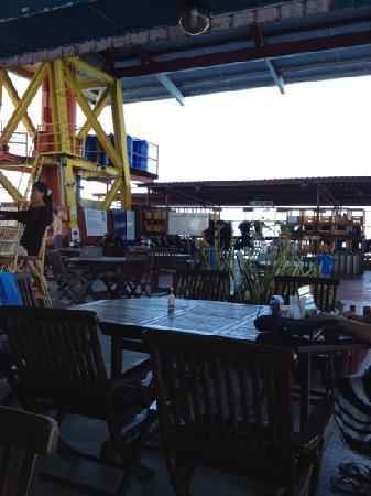 Seaventures Dive Rig: Seaventures Dive sipadan