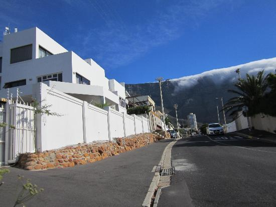 Cape View Accommodation: View of Table Mountain
