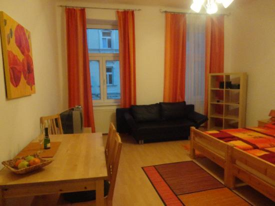 Pilgram Apartments: Wohnzimmer