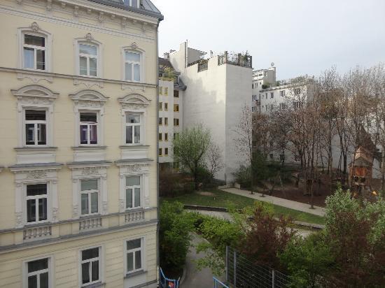 Park Apartments Wien : Aussicht aus dem Zimmer