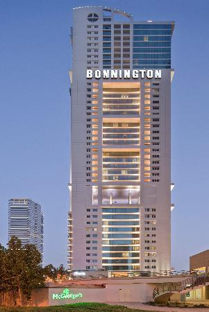 Bonnington Jumeirah Lakes Towers: Exterior