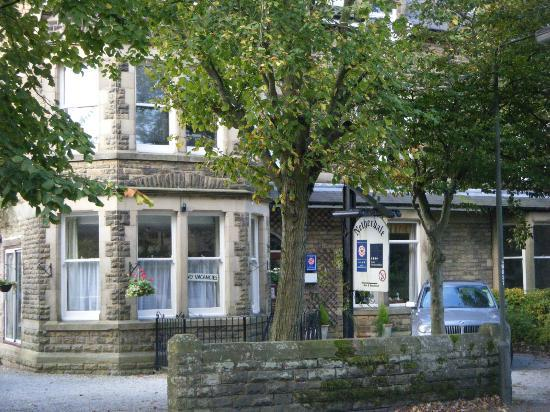Netherdale Guest House: The Netherdale