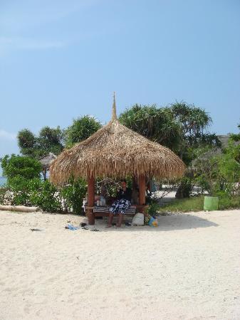MAHAMAYA Gili Meno: Beach