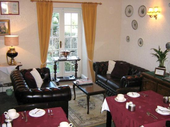 Netherdale Guest House: Netherdale Lounge